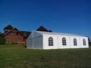 Pronájem párty stanů na svatby venku. I to umíme v Party stany Etimex