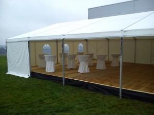 Party stany Etimex jsou i s podlahou a gastro vybavením připraveny pro pořádaní vašich atrakcí, oslav narozenin, party, rozluček se svobodou a svateb